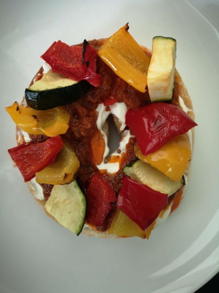Cream cheese, sundried tomato & roasted veg bagel